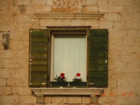 apartment´s window - apartments & caffe bar Trapula, Šibenik,sea front - Sibenik - rentals