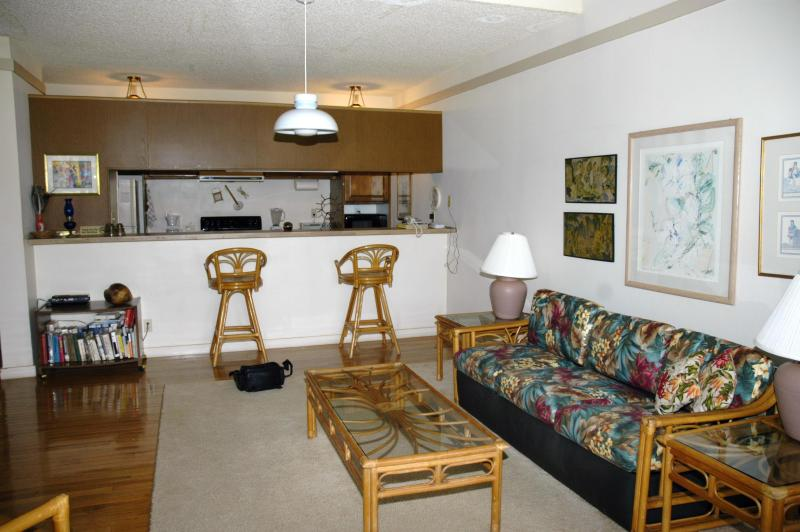 living room - 1 bedroom, 2 bath condo, molokai,hawaii - Maunaloa - rentals