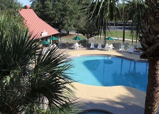 Great studio value, only 1 mile to Disney, big flat screen TV and free Wi-Fi - Image 1 - Kissimmee - rentals