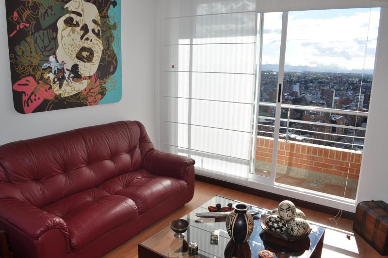 Sleek & Modern 1 Bedroom Apartment in Chapinero Alto - Image 1 - Bogota - rentals