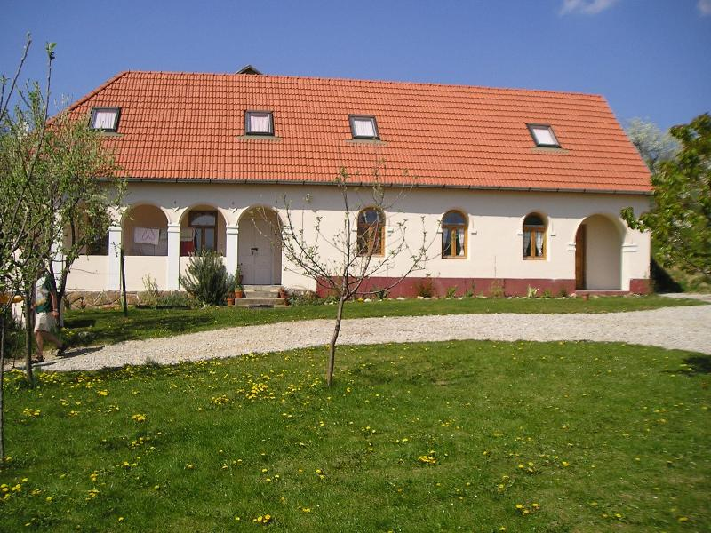 the  house - Beautiful Holidayhouse with garden in Hungary - Bogacs - rentals