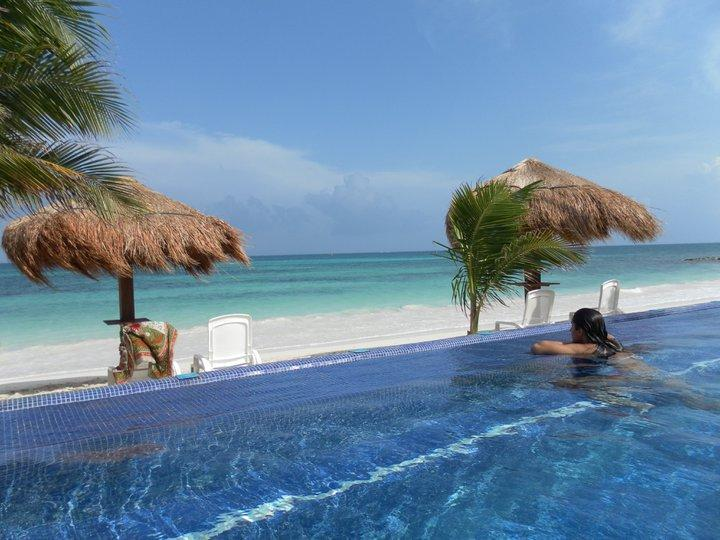 View from our Beachfront Infinity Pool - :) TRANQUILITY & Peace, Private Beach 2 bdrm Suite - Puerto Morelos - rentals