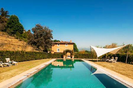 La Flora- exquisite countryside views, infinity pool & pristine gardens - Image 1 - Lucca - rentals