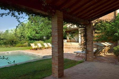 Charming Villa Maramai offers alfresco dining, swimming pool and housekeeping - Image 1 - Montepulciano - rentals