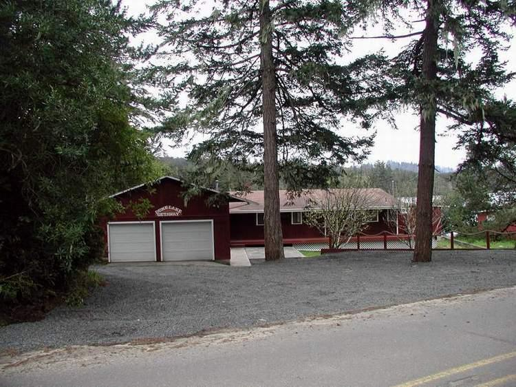 Dune Lake Getaway front of home - Lakefront Home with Dune Access Coos Bay Dunes - North Bend - rentals