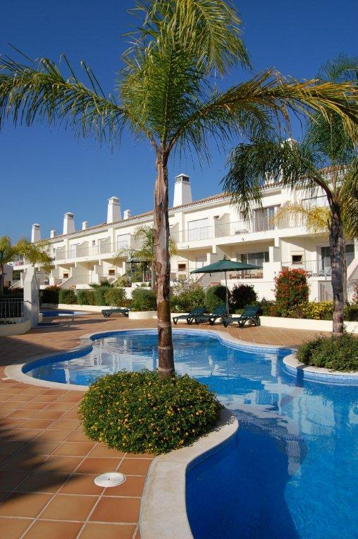 Fonte Verde -Two Bedroom Family Home - Image 1 - Vilamoura - rentals