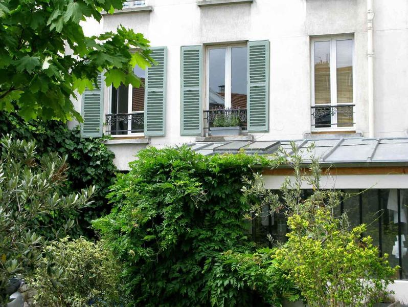 Cosy apartment close to the Fleamarket & Metro - Image 1 - 18th Arrondissement Butte-Montmartre - rentals