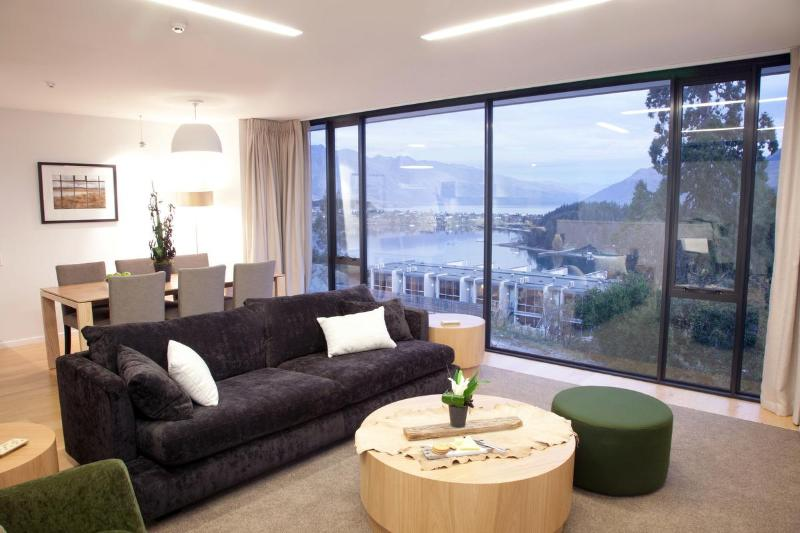 3 bed Living Room - Element Escapes Panorama Tce Apartments - Queenstown - rentals