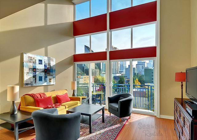 Belltown Loft - Live the loft life in the heart of Seattle's Belltown neighborhood! - Seattle - rentals