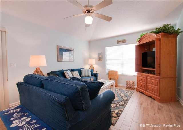 Relax at Bikini Bottom after an awesome day at the beach - Bikini Bottom Home in Crescent Beach - Walk to the beach - Saint Augustine - rentals