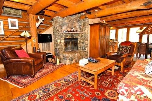 Living Room  - Ski Sun Valley - Log Cabin Vacation Home - Ketchum - rentals