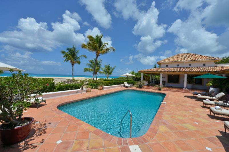 Baciata Dal Sole... Terres Basses, St Martin 800 480 8555 - BACIATA DAL SOLE... stroll the beach with your coffee every morning from this lovely beachfront villa - Plum Bay - rentals