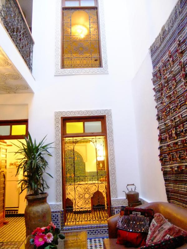 DAR SIENNA COURTYARD - Fab artist's house in the heart of Fez medina - Morocco - rentals