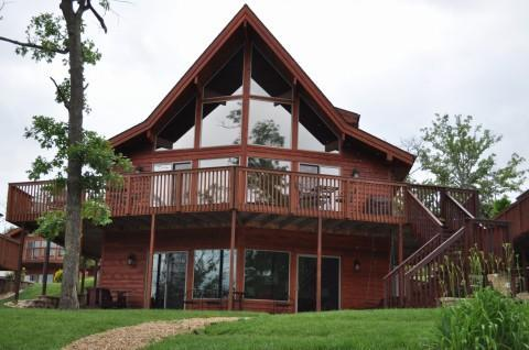 Water's Edge-Lake Front Luxury Cedar/4 Bedroom - Image 1 - Branson - rentals