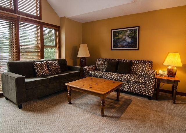 Living Room - Quiet wooded location, close to village and slope, 3 bdrm - Whistler - rentals