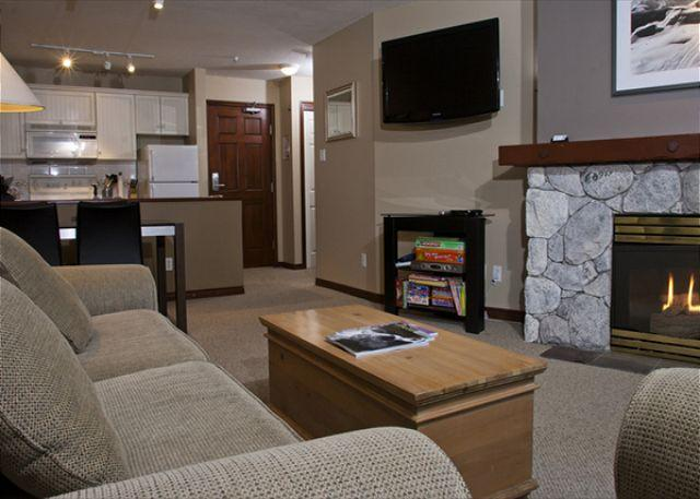 Living Area - 2nd Flr unit!  ski-in/out updt 1 br, forest/mtn vws, W. sun aft/eve exposure! - Whistler - rentals