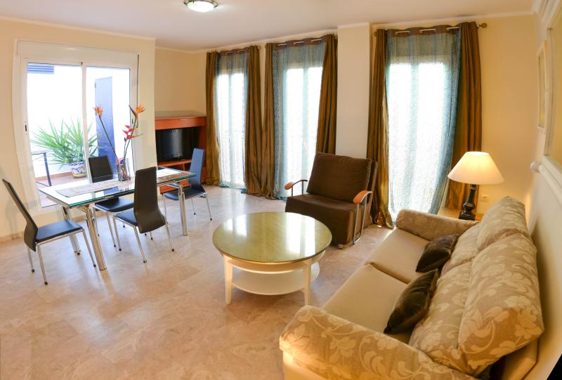 Luxury 2 Bedrooms Duplex Penthouse - CITY CENTRE Apts for 1 to 6 Guests LCD & FREE WIFI - Seville - rentals