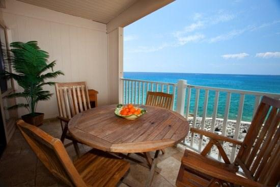 lanai - Free Car* with Sea Village 4207 - Gorgeous 2B/2B oceanfront, fully remodeled condo. Watch sunsets from lanai! - Kailua-Kona - rentals