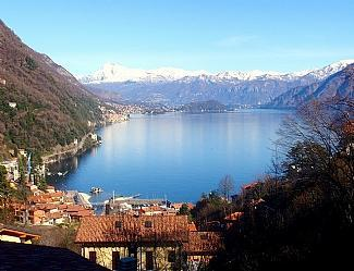 Lake/ Mountain view from the balcony - Apartamento Angela in Argegno - Argegno - rentals