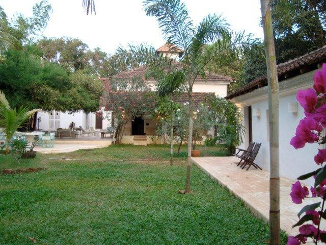Garden beach side - QUELLEACHY GALLY  - Heritage House Candolim Beach - Candolim - rentals