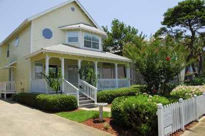 Welcome to Cottage by the Sea 99 Crystal Beach Dr - Fall Dates Great Rates Pool Pets Cls to beach CbS - Destin - rentals