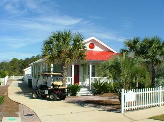 Welcome to the Coconut Palms (Golf Cart optional) - Summer dates avail Great Rates! Pvt Pool Pet CPlm - Destin - rentals