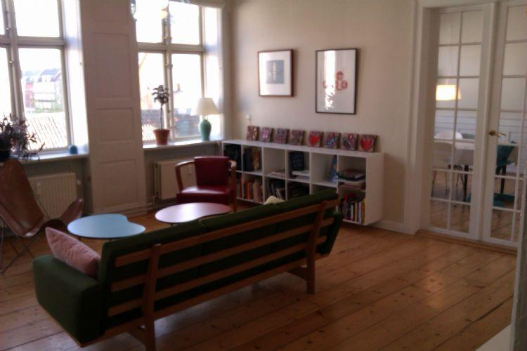 Vesterbrogade Apartment - Newly renovated Copenhagen apartment near Tivoli - Copenhagen - rentals