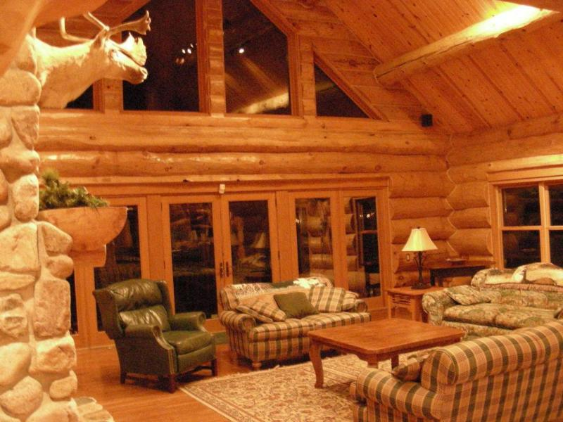 Great room - One of a Kind North Woods Lake Lodge - Pickerel - rentals