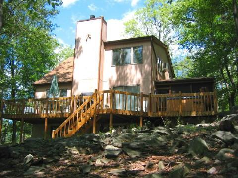 Rear view of house - Outdoor Hot Tub, Gameroom, Walk to Skiing + Pools - Bushkill - rentals