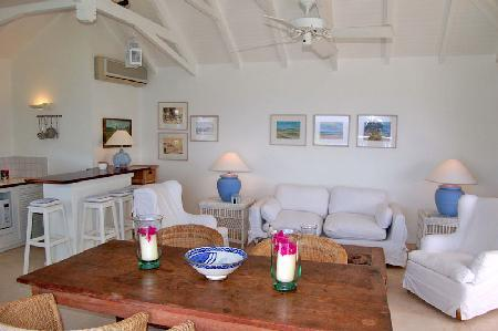 Set in the hills, villa Seaview offers panoramic views, pool  & central location - Image 1 - Colombier - rentals