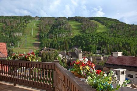 Arrabelle 655 – Vail offers mountain views, terrace, ski-in/ski-out - Image 1 - Vail - rentals