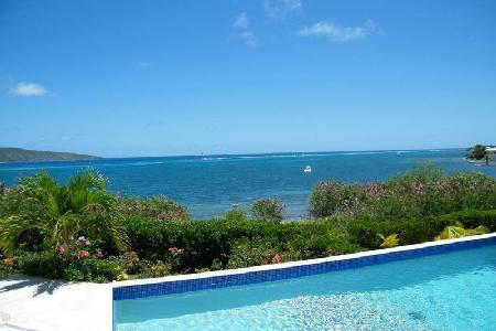 Solitude House - Secluded getaway with breathtaking views, pool & beach nearby - Image 1 - East End - rentals