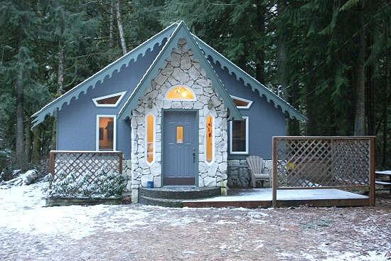 Glacier Springs Cabin #60 - The Enchanted Cottage with a hot tub! - Image 1 - Glacier - rentals