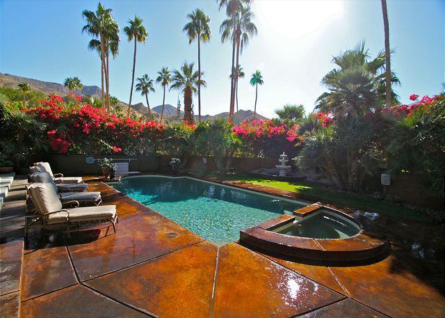 Welcome to Hollywood Hideaway! - Luxury home in an exclusive Palm Springs Location! - Palm Springs - rentals