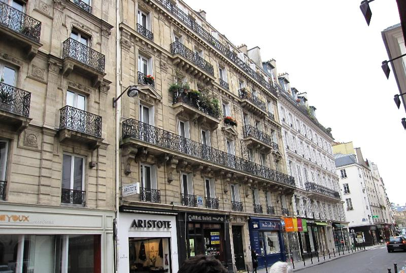 Very classic 19th century bldg - LeftBank St.Germain Quiet Beautiful Parisian Charm - Paris - rentals