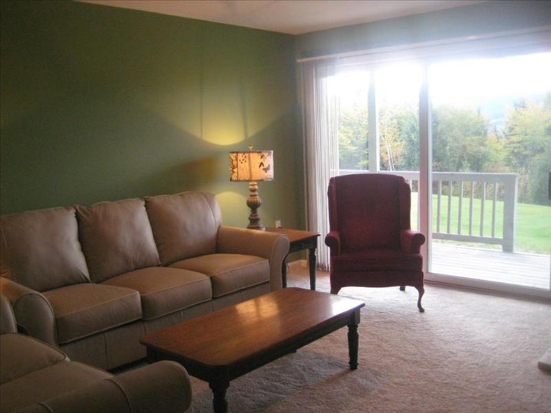 Living room with views - Gorgeous Mountain Views, All New Eagle Ridge Unit 104822 - Bartlett - rentals