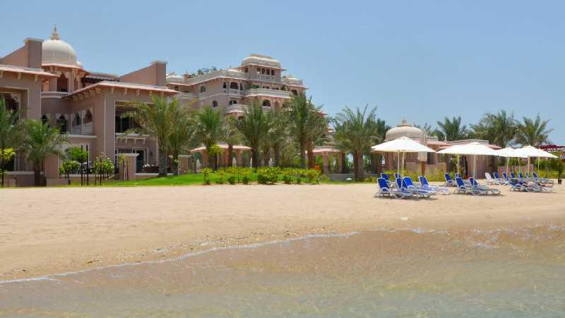 Grandeur Palm Crescent apartment - sleeps 5 - Image 1 - Palm Jumeirah - rentals