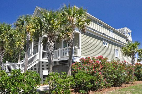 Front Exterior - 6 Bed, Oceanfront, Pool/Spa!  Enjoy the BEACH! - Isle of Palms - rentals