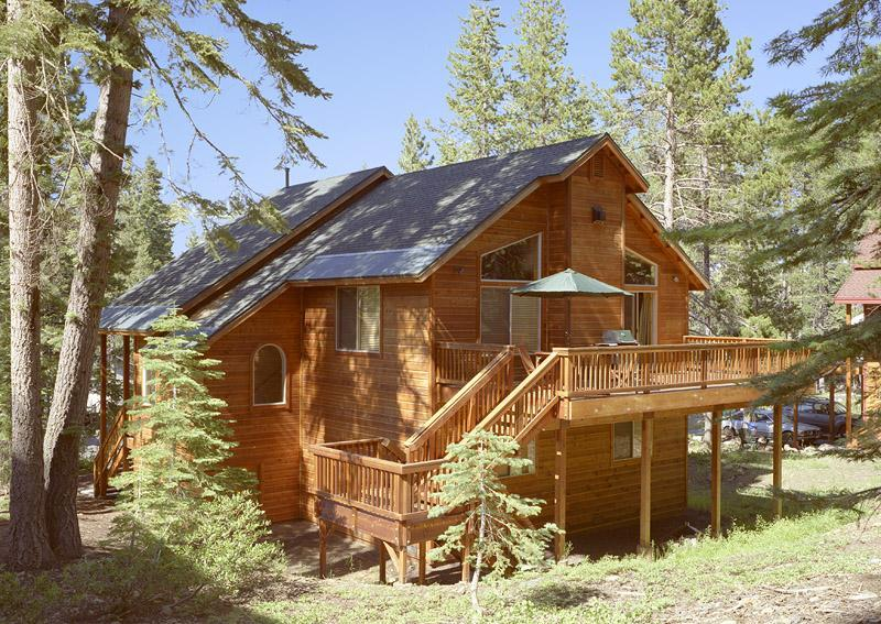 Find tranquility on the generous deck. - You Have Been Searching for Chalet Sierra! Save 10% Now! - Truckee - rentals