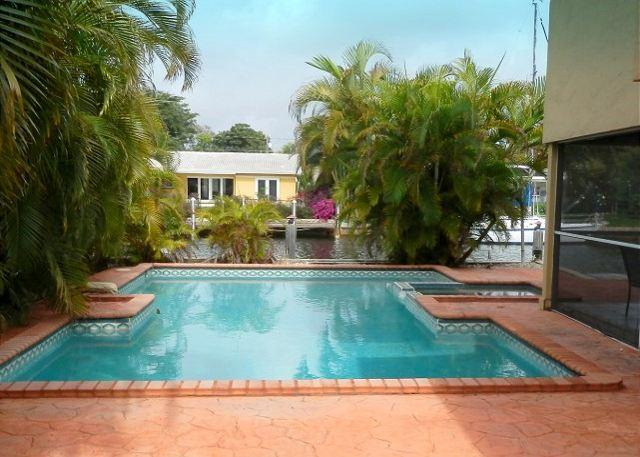 Secluded Waterfront Heated Pool Dock 5/3 12 Guests 1099 - Image 1 - Pompano Beach - rentals