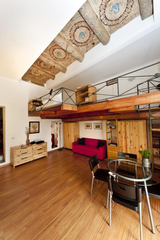 Charming apartment and guided tours - Image 1 - Napoli - rentals