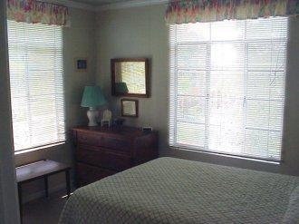 Master Bedroom - Rustic Beach Cottage - Destin - rentals