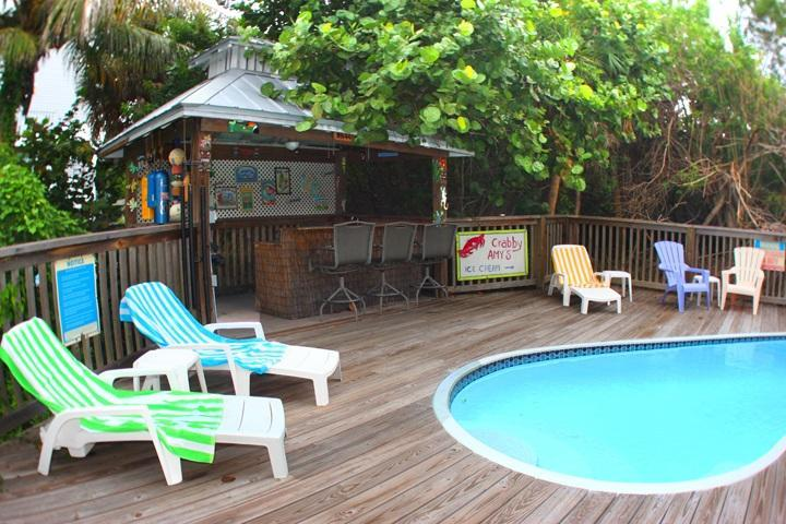 Secluded Private Pool with Tiki Bar - Reel Paradise - Pr Pool, Tiki Bar, Pet Friendly - North Captiva Island - rentals