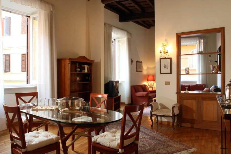 Living room - Hermione apartment close to the Trevi Fountain - Rome - rentals