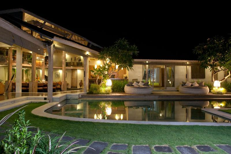 Stunning 4bed villa in heart of Seminyak - STUNNING VILLA Heart of Seminyak 5min to Beach4bed - Seminyak - rentals