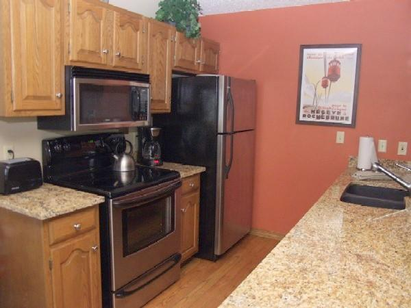 Stainless/granite kitchen equipped for real cooking - GORGEOUS! 2BR/3BA - CLOSEST UNIT TO POOL/HOT TUB - Steamboat Springs - rentals