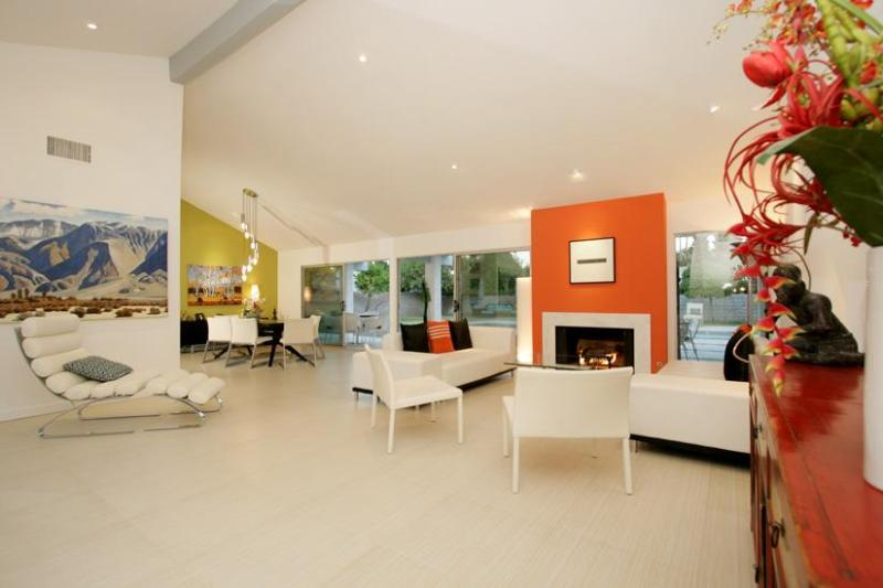 Living area - Vacation Like a Movie Star in Elegant Splendor! - Palm Springs - rentals