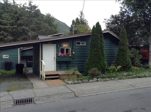 Front of house - An Abode 1 - Sitka - rentals