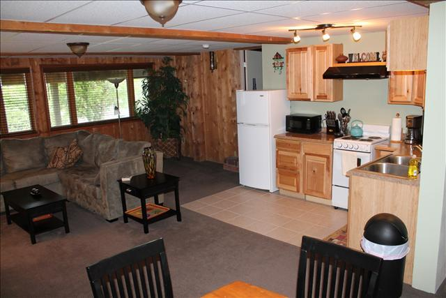 Original Rafters add Character and Warmth - Crabapple VR Lower - Sitka - rentals