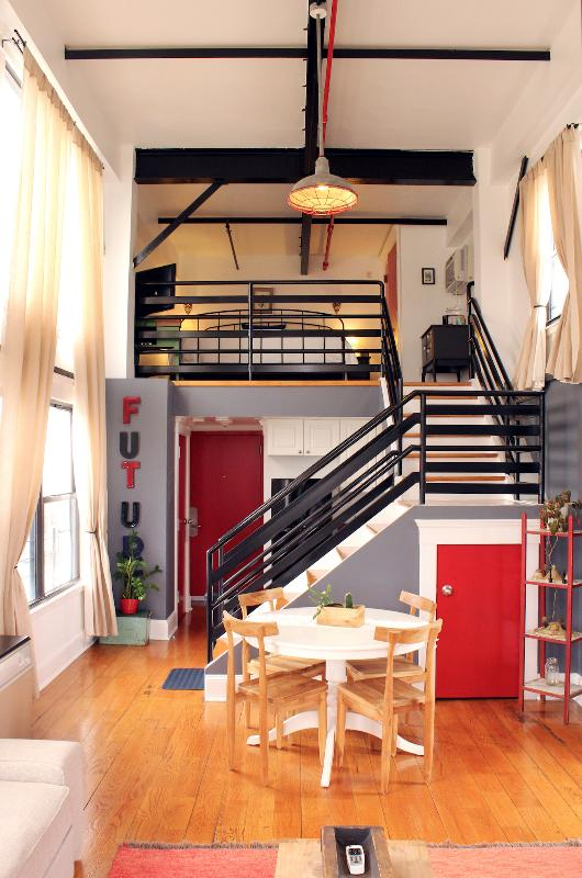 The Box House, Stunning City View Duplex Suite - Image 1 - Brooklyn - rentals